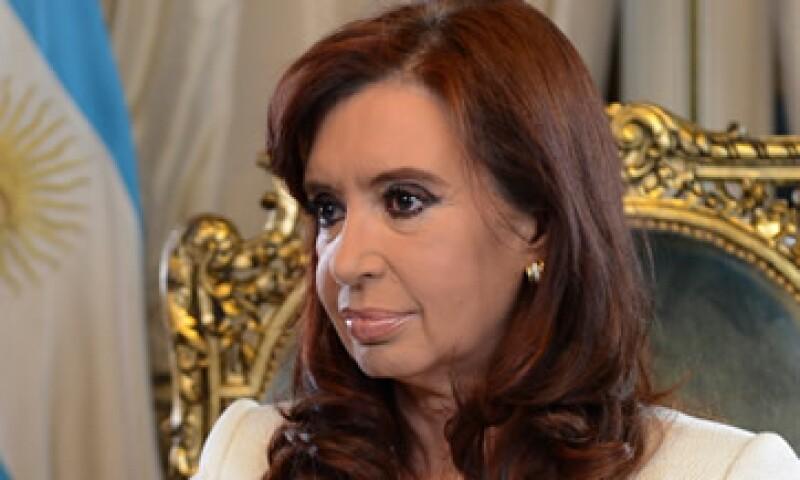 La calificadora asignó panorama negativo a Argentina. (Foto: Reuters)
