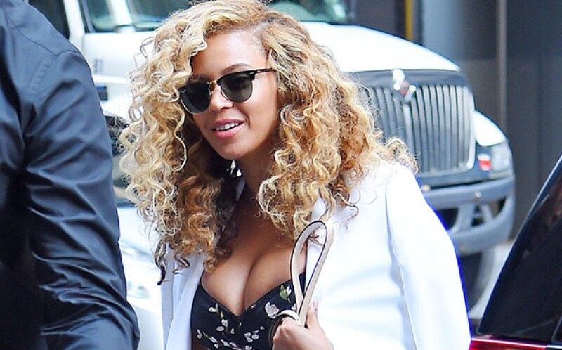 Para Queen B nada es demasiado, pues se dice que la cantante lucirá en su nuevo video unos high heels cubiertos en diamantes con valor de más de 300 mil dólares.