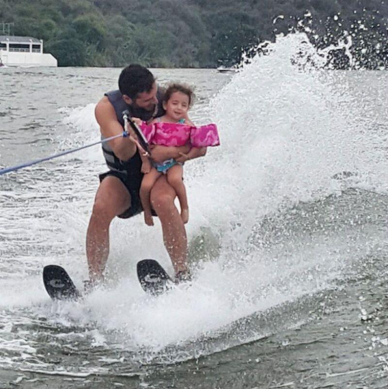 Jacky perdió el miedo a esquiar y Martín nos contó que ella quería repetir la experiencia.