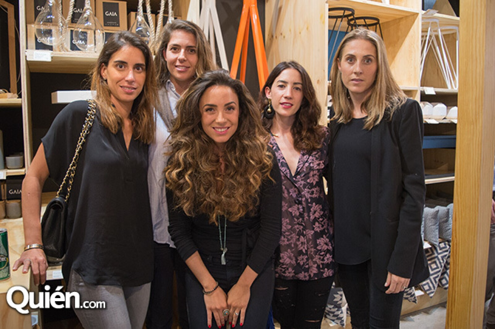 Carla Braun, Mariana González, Marion Cortina, Maréa Tellez y Susana Reyes Retana