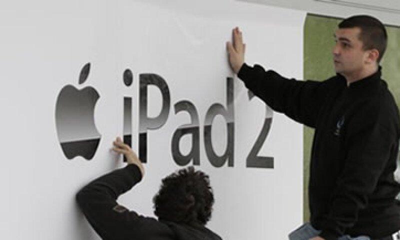La iPad le reportó a Apple ingresos por más de 9,000 mdd. (Foto: Reuters)