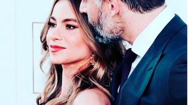 La actriz comparte con sus seguidores la emoción que siente ante el segundo aniversario de su intensa historia de amor con el estadounidense.