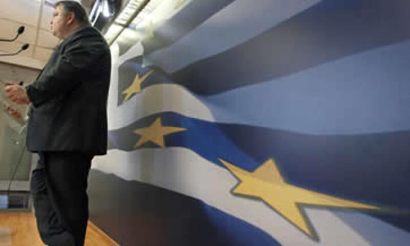 Venizelos dijo que los ministros de Finanzas de la zona euro mantendrían una teleconferencia la tarde del sábado para discutir sobre Grecia. (Foto: AP)