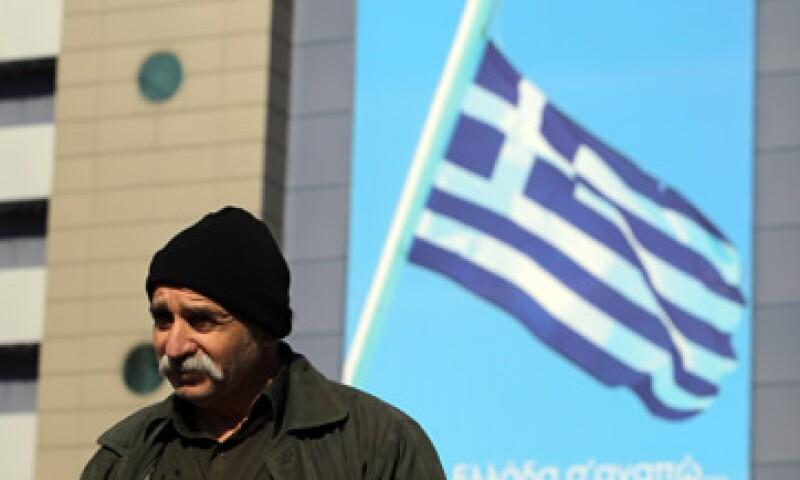 El FMI insiste en que el acuerdo debe garantizar que la carga de deuda de Grecia sea reducida a 120% de su PIB para 2020. (Foto: AP)