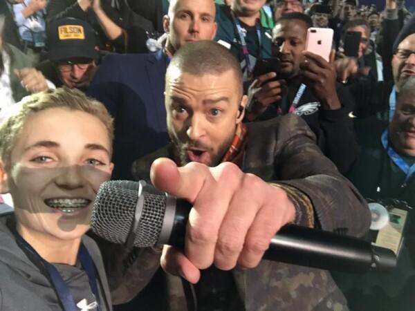 Selfie-Kik-Justin