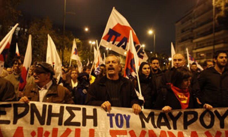 Los griegos han protagonizado decenas de huelgas y manifestaciones en los últimos dos años. (Foto: AP)