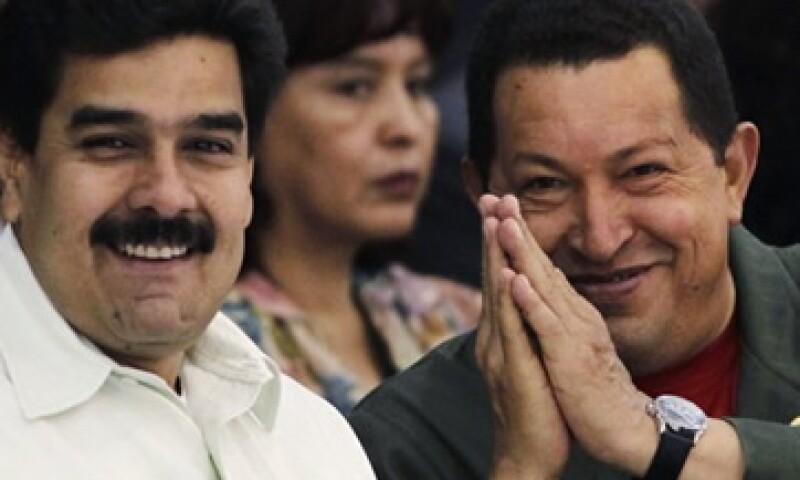 El vicepresidente Nicolás Maduro, podrá expropiar empresas sólo con la previa instrucción del presidente Hugo Chávez. (Foto: Reuters)