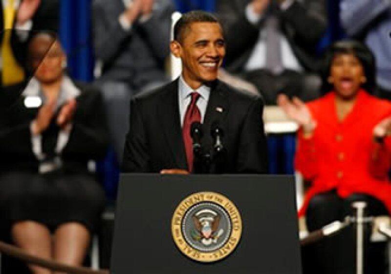 Obama ha pedido casi 300,000 mdd extras para prolongar el pago de compensaciones por seguro de desempleo. (Foto: AP)