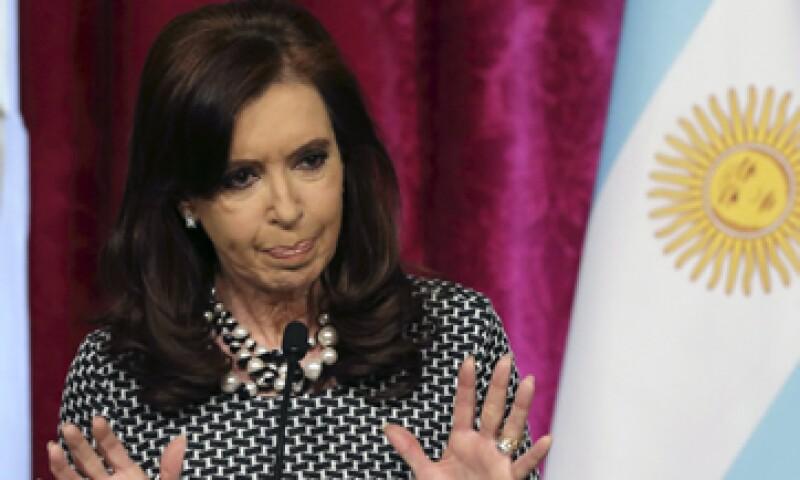 El Gobierno de Cristina Fernández afronta una escasez de divisas ante una fuga de capitales. (Foto: Reuters)