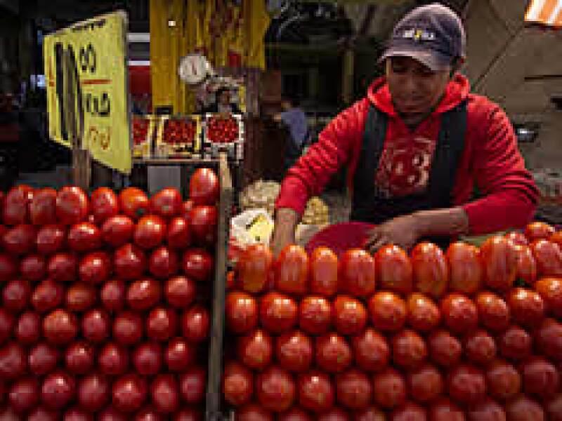 Los productores de jitomate en Sinaloa sufrieron bloqueos el año pasado por supuesta salmonela. Este año se blindaron y están seguros. (Foto: Especial)