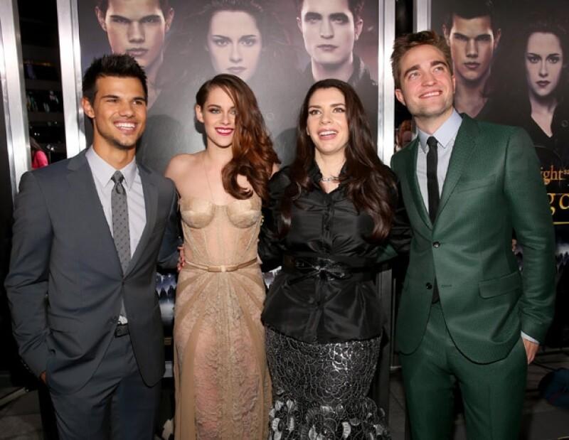 Taylor Lautner, Kristen Stewart, Robert Pattinson y Stephenie Meyer.
