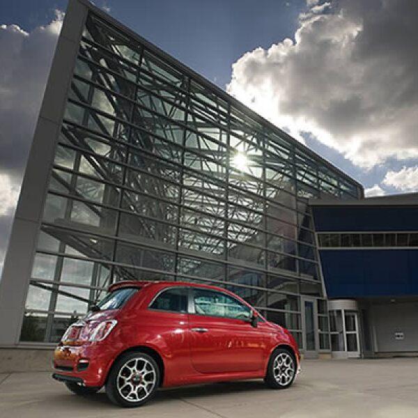 El nuevo modelo tendrá un motor de 4 cilindros, capaz de llevar al vehículo de una velocidad de 0 a 100 kilómetros por hora en 10.5 segundos.