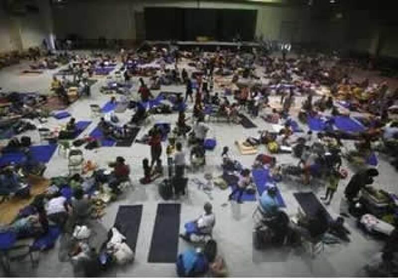 Cientos de personas fueron evacuadas en Tamaulipas, tras el paso del huracán. (Foto: Reuters)