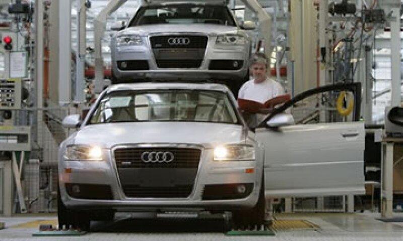 Audi lidera el mercado de autos de lujo en China, por encima de BMW y Mercedes Benz. (Foto: AP)