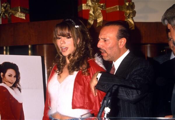 MARIAH CAREY LAUNCHING HER CHRISTMAS ALBUM IN NEW YORK, AMERICA - 1994