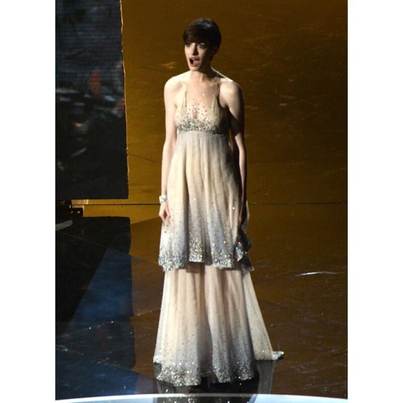 La ganadora al Oscar por Mejor Actriz de reparto hubiera lucido mejor con este otro vestido.