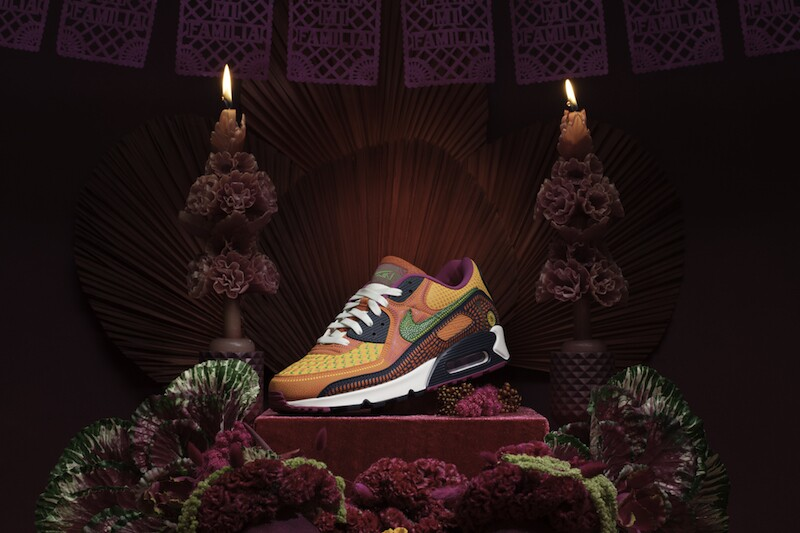 Life and Style Nike Air Max 90 (03).jpg