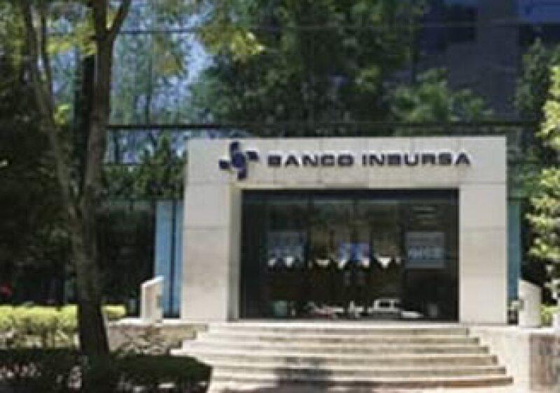 El banco Inbursa mantiene una cartera irrecuperable alta y en crecimiento. (Foto: Archivo)