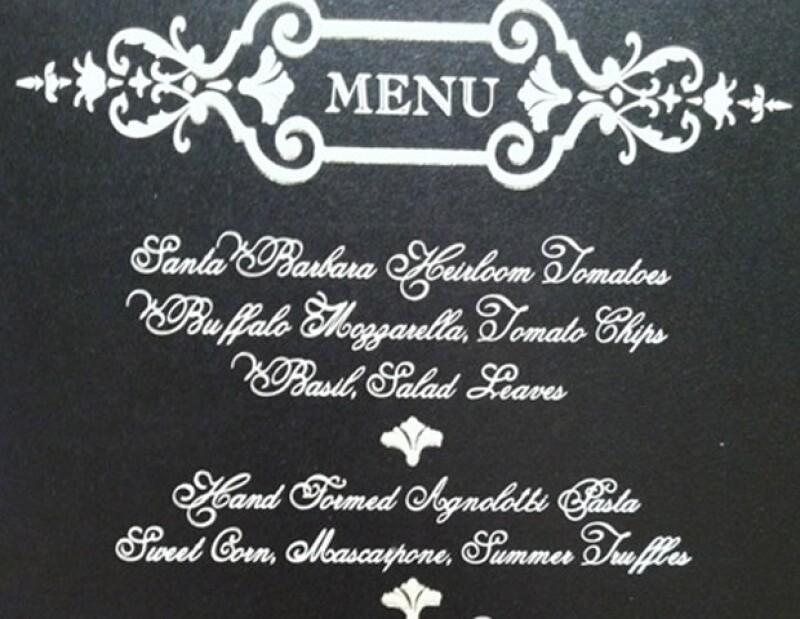 El menú de la boda tuvo una presentación muy elegante.