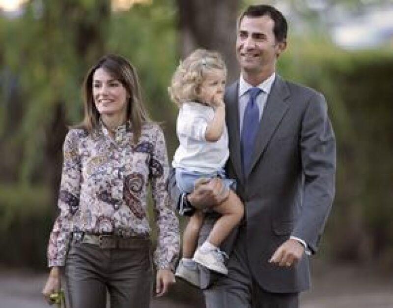 La hija de Letizia y Felipe de España comenzará sus estudios este lunes en el colegio Santa María de los Rosales, en donde se realizaron varias modificaciones por su ingreso.