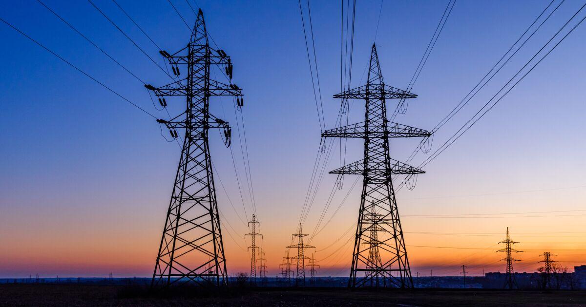 La CFE pedirá al regulador suspender los permisos que vulneren la red eléctrica