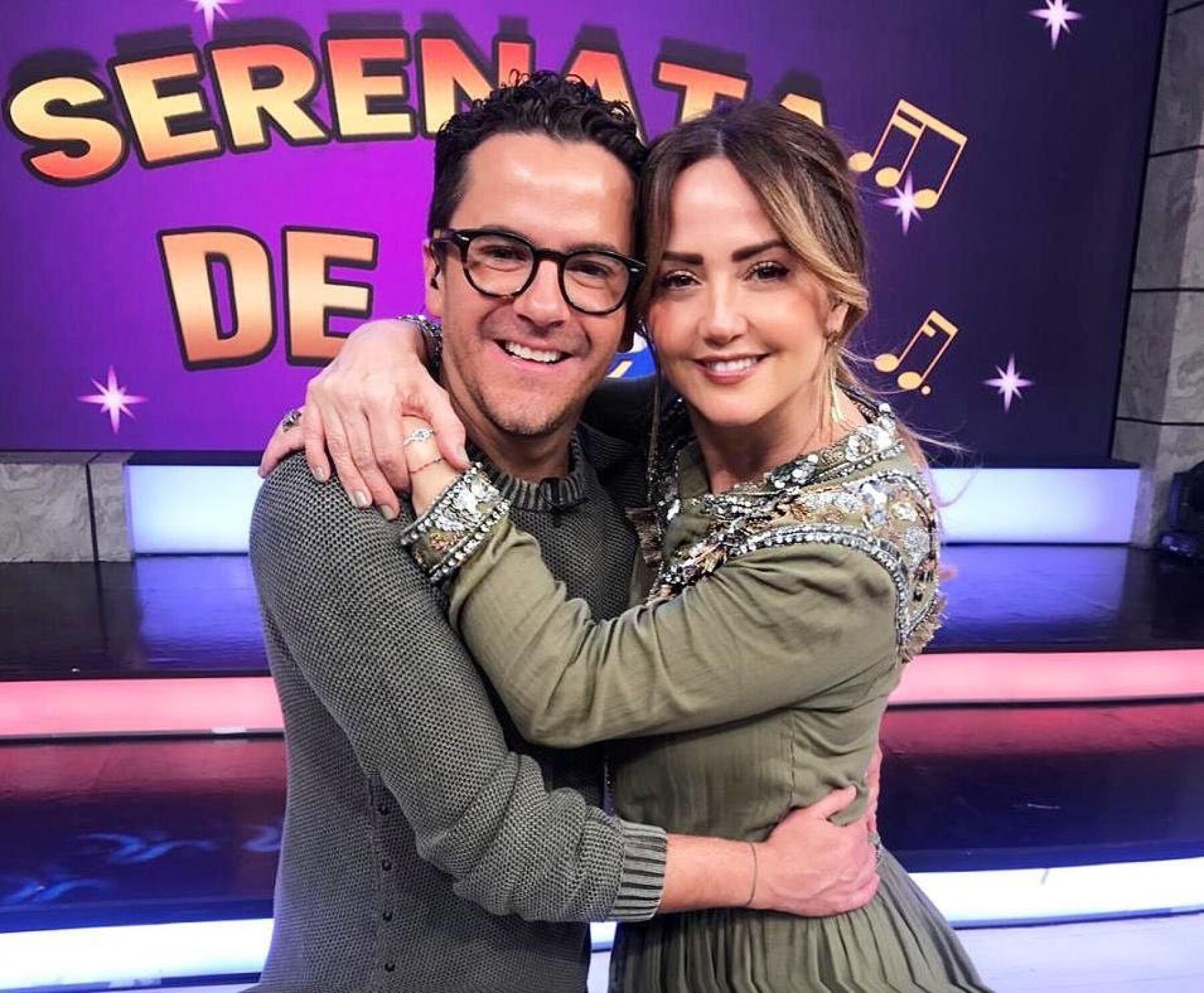 Mauricio Mancera y Andrea Legarreta