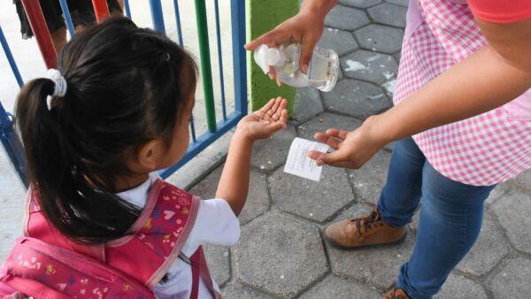 Puerto Morelos, medidas sanitarias en escuelas