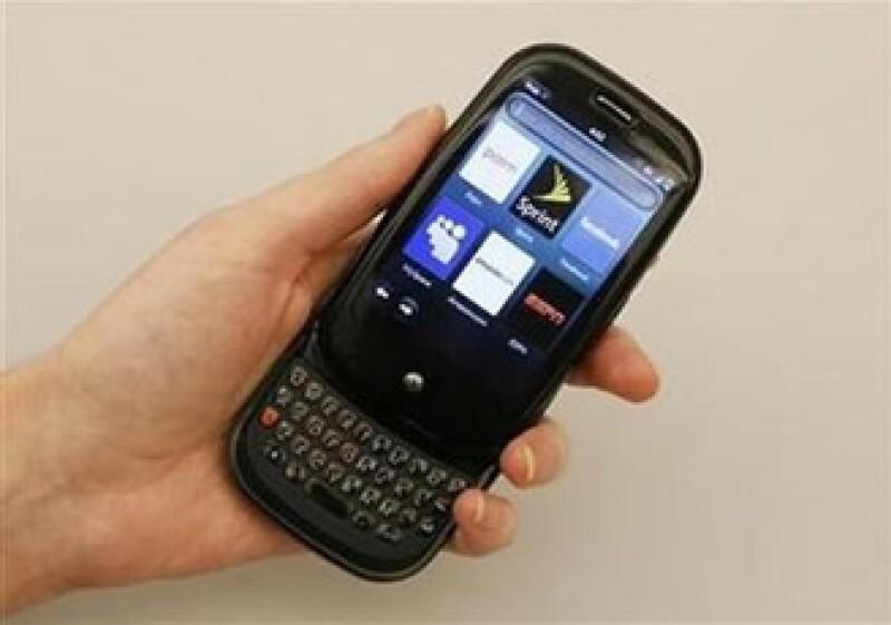 Palm cobrará por las aplicaciones descargadas en el teléfono inteligente Pre. (Foto: Reuters)