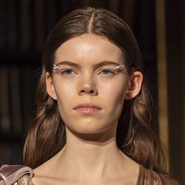 lfw-fashion-week-runway-beauty-looks-maquillaje-peterpilotto