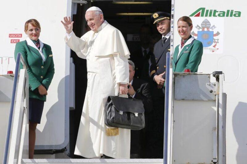 El presidente de México, faltando poco más de dos horas de la llegada del Pontífice, mandó un mensaje en su cuenta oficial para el Papa.