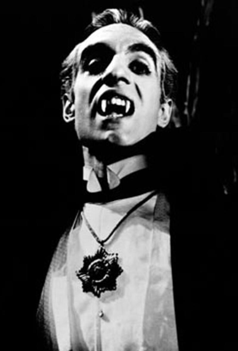 1957. Germán Robles dio vida al Conde Duval, inspirado en Drácula. El actor mexicano se convirtió en un ícono de este personaje a nivel Latinoamérica.