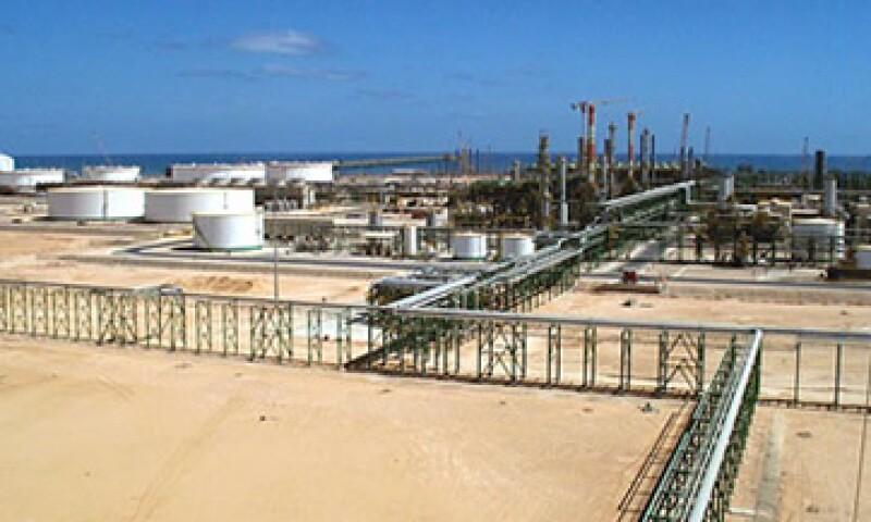 Libia podría duplicar su producción de petróleo con la inversión adecuada de firmas internacionales. (Foto: Cortesía CNNMoney)