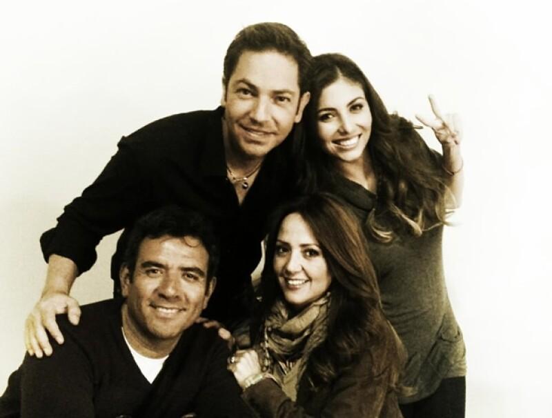 Aquí con Jan, Andrea Legarreta y Héctor Sandarti.