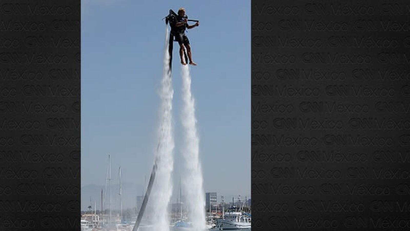 jet pack acuático Jetlev retiros laborales extremos trabajador oficina trabajo