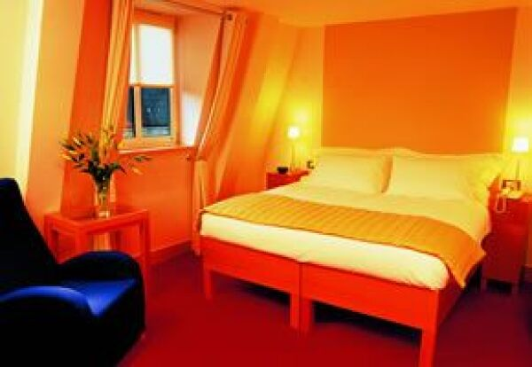 COMO EN CASA. El hotel cuenta con departamentos equipados con cocina para estancias prolongadas.
