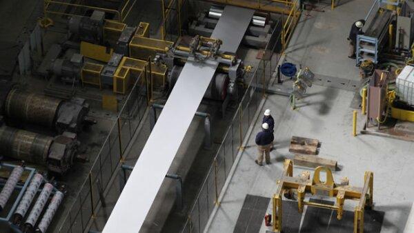 5. En el �rea de galvanizado se producen dos tipos de acabado de calidad automotriz.