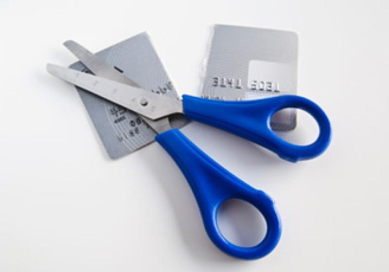 El único dinero que puedes tomar en cuenta para pagar un crédito, es aquel que queda después de restar tus gastos mensuales. (Foto: Jupiter Images)