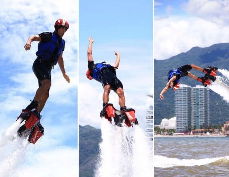 Alex Sirvent practicando Flyboard en Puerto Vallarta.