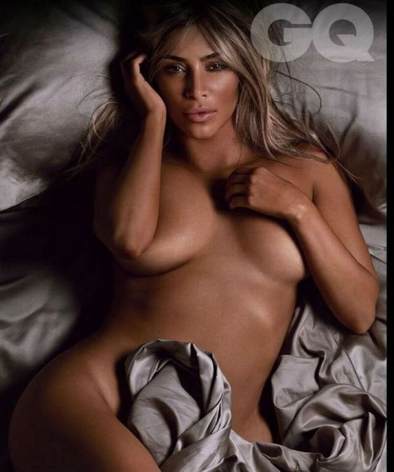 Kim se dejó ver al desnudo para las fotografías de la revista.