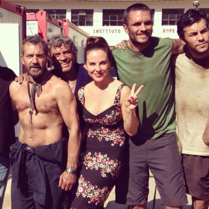 Desde hoy ver un adelanto de la película que narra el accidente ocurrido en la mina San José, Chile, en 2010, con actores como Kate del Castillo, Mario Casas, Rodrigo Santoro y Juliette Binoche.