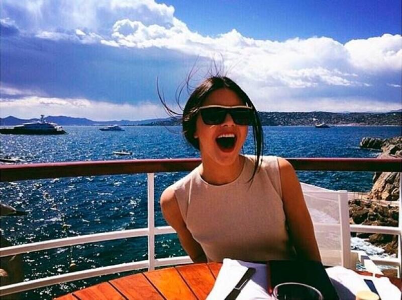 Kendall ha presumido su estancia en Cannes a través de las redes sociales.