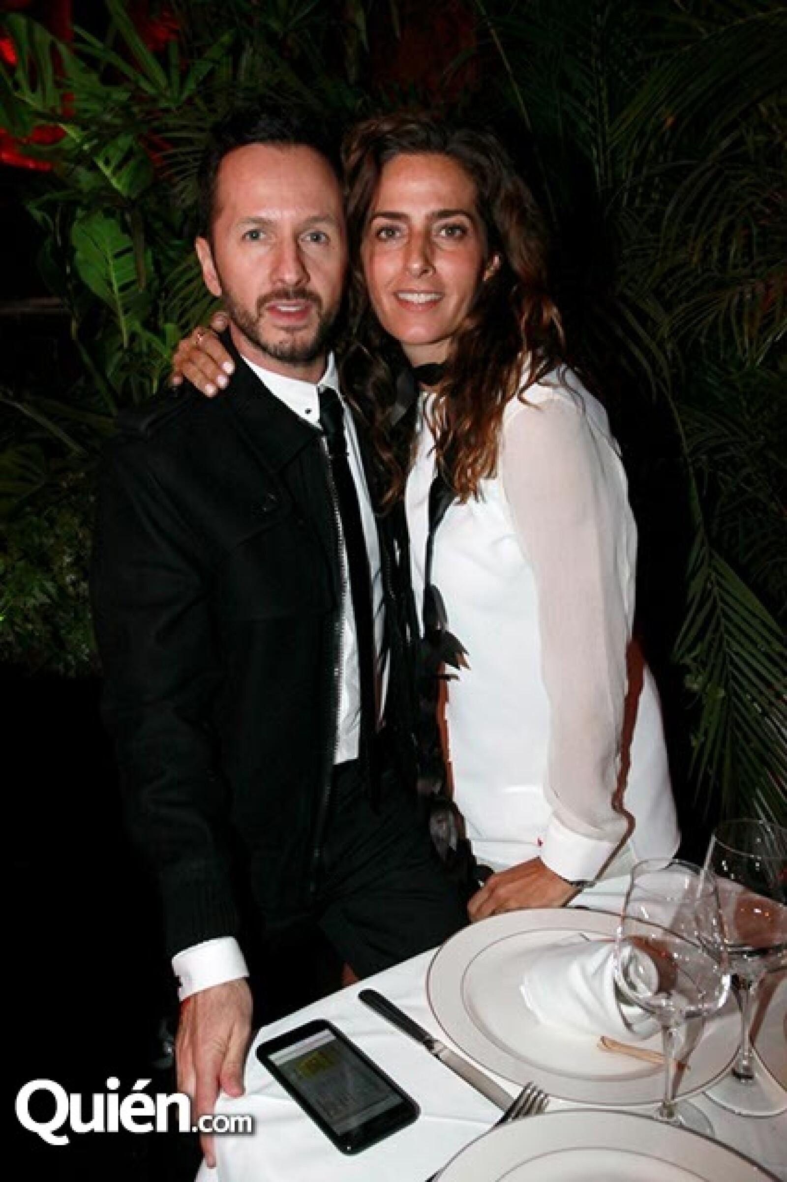 Óscar Madrazo y Paola Saad
