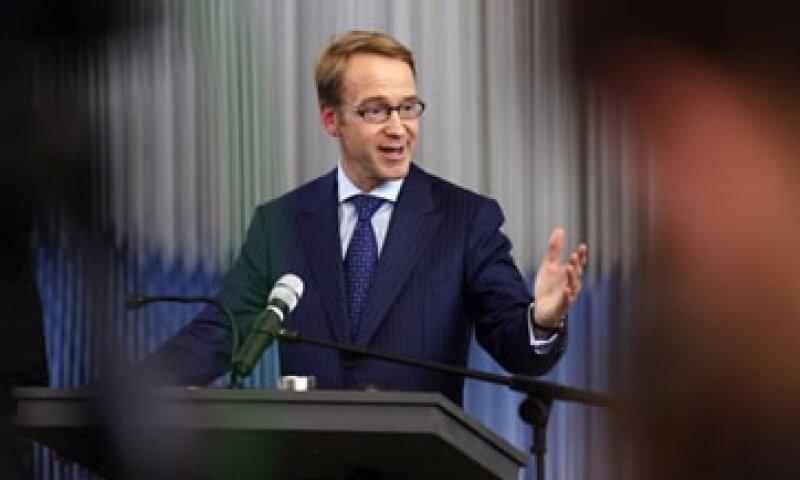 Jens Weidmann, jefe del Bundesbank, dijo que dar tareas de supervisión financiera deja muchas preguntas sin respuestas.  (Foto: Reuters)