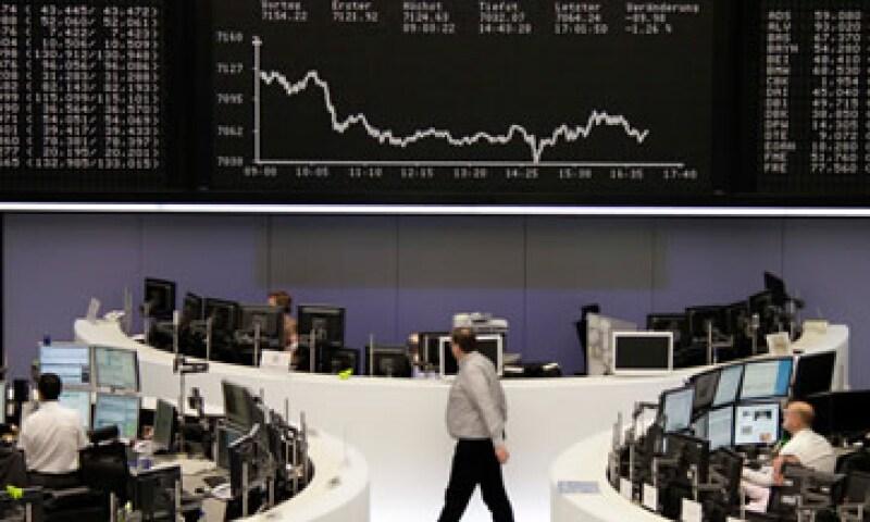 Las acciones de Nokia se desplomaron 14.5% en las Bolsas europeas. (Foto: Reuters)
