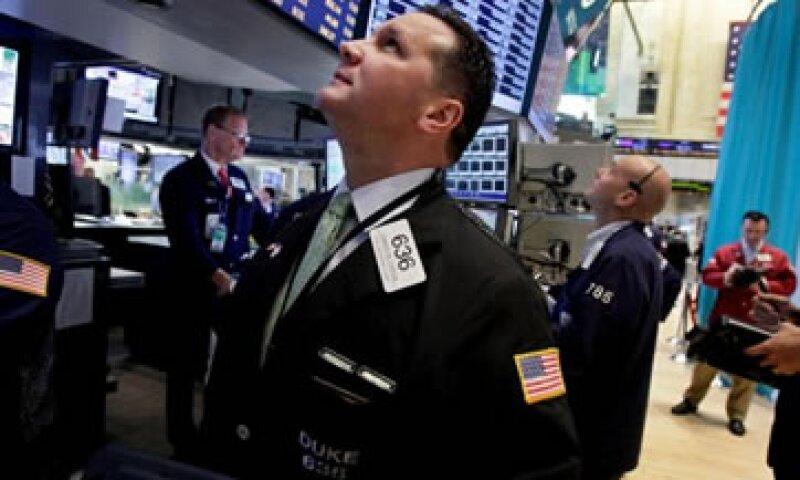 La Fed y el BCE se reúnen esta semana en medio de expectativas de más medidas para alentar la economía.  (Foto: AP)