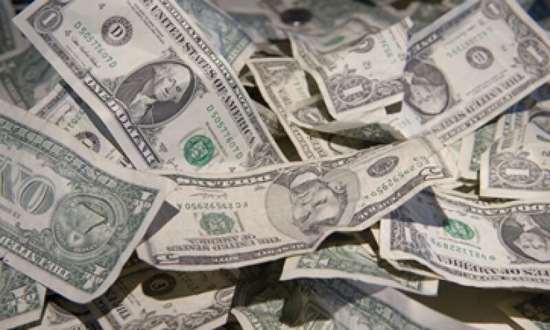 Banco Base estima que el tipo de cambio oscile entre 12.96 y 13.05 pesos por dólar. (Foto: Getty Images)