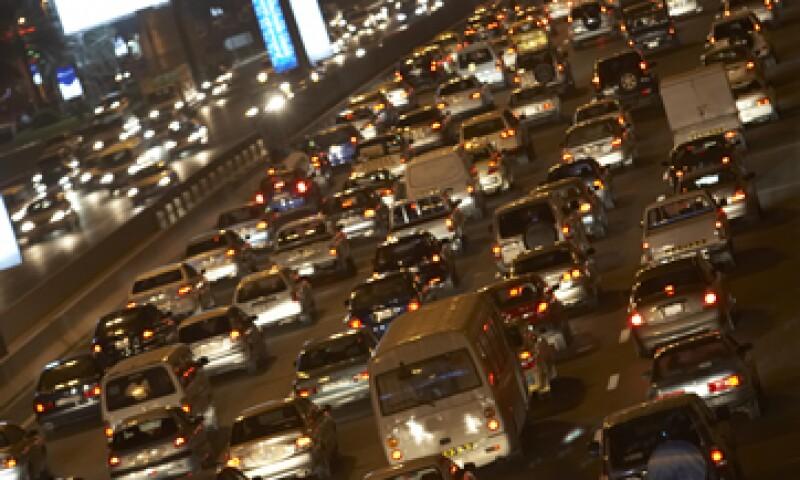 La industria automotriz opina que el ordenamiento anulará el impacto negativo de los amparos tramitados por algunos importadores. (Foto: Photos to go)