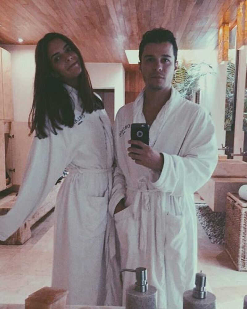 En San Valentín, los novios fueron juntos al spa.