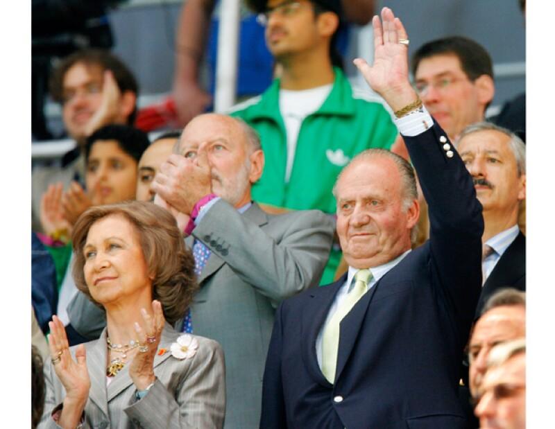 Juan Carlos y Sofía tomaron la decisión de no celebrar de manera oficial sus 50 años de casados, que cumplirán el próximo 14 de mayo.