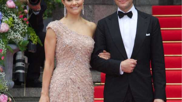 Crown Princess Victoria and Daniel Westling: Gala Performance, Stockholm Concert Hall , Stockholm, Sweden - 18 Jun 2010